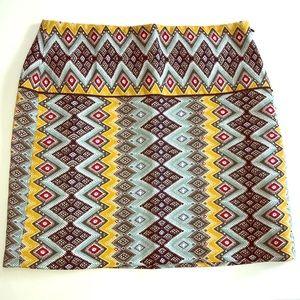 🌿LOFT Aztec Design Skirt